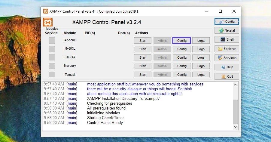 El panel de control de XAMPP en Windows.